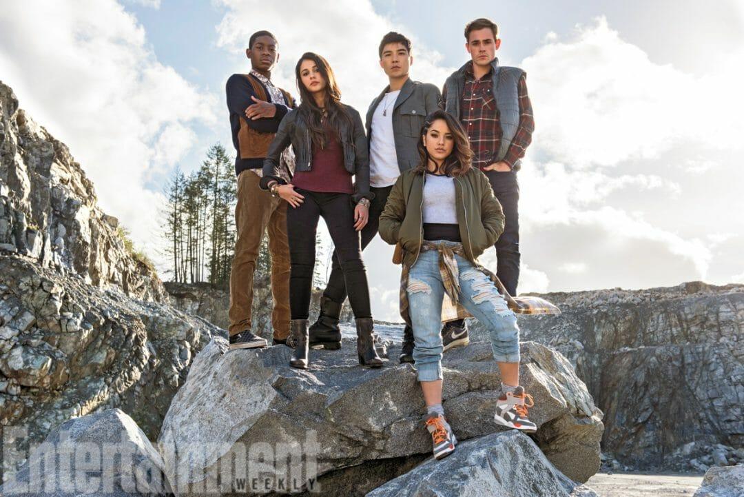 Power Rangers 2017 Cast Photo 001 - 20160303