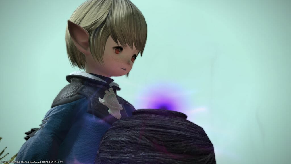 Cocobusi stands with Morno's Urn in Final Fantasy XIV