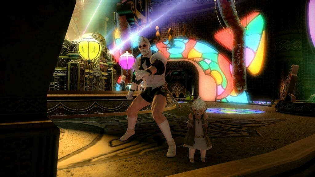 Mr. Maunderville and Ririzan cheer at the Gold Saucer in Final Fantasy XIV
