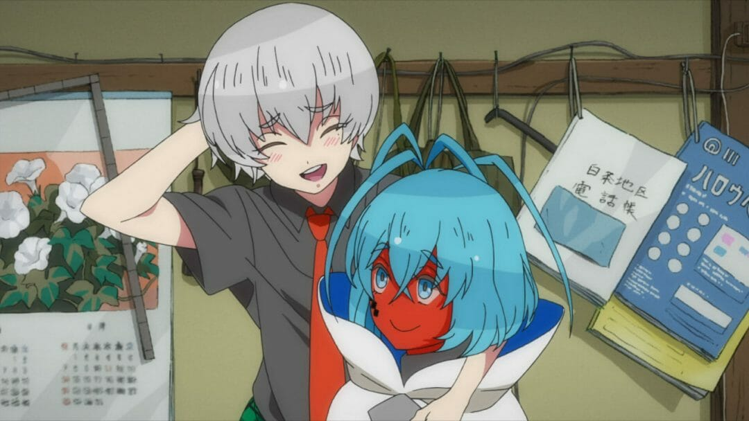 Gatchaman Crowds: Insight Still - a silver-haired girl and a girl with red skin smile at each other.